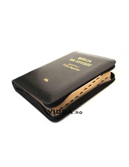 Biblia de studiu pentru o viata deplina cu explicatii - Margini aurii - Index de cautare - In piele cu fermoar - Neagra 2